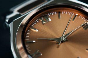 معرفی ساعت و انواع آن در برنارد واچ